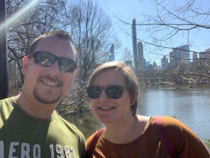 Die Sonne genießen im Central Park